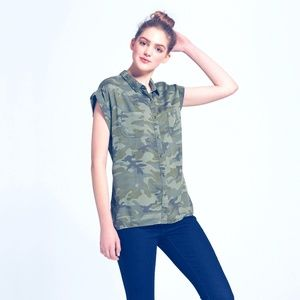Summer Women's Camo Print Green  Muscle Shirt S